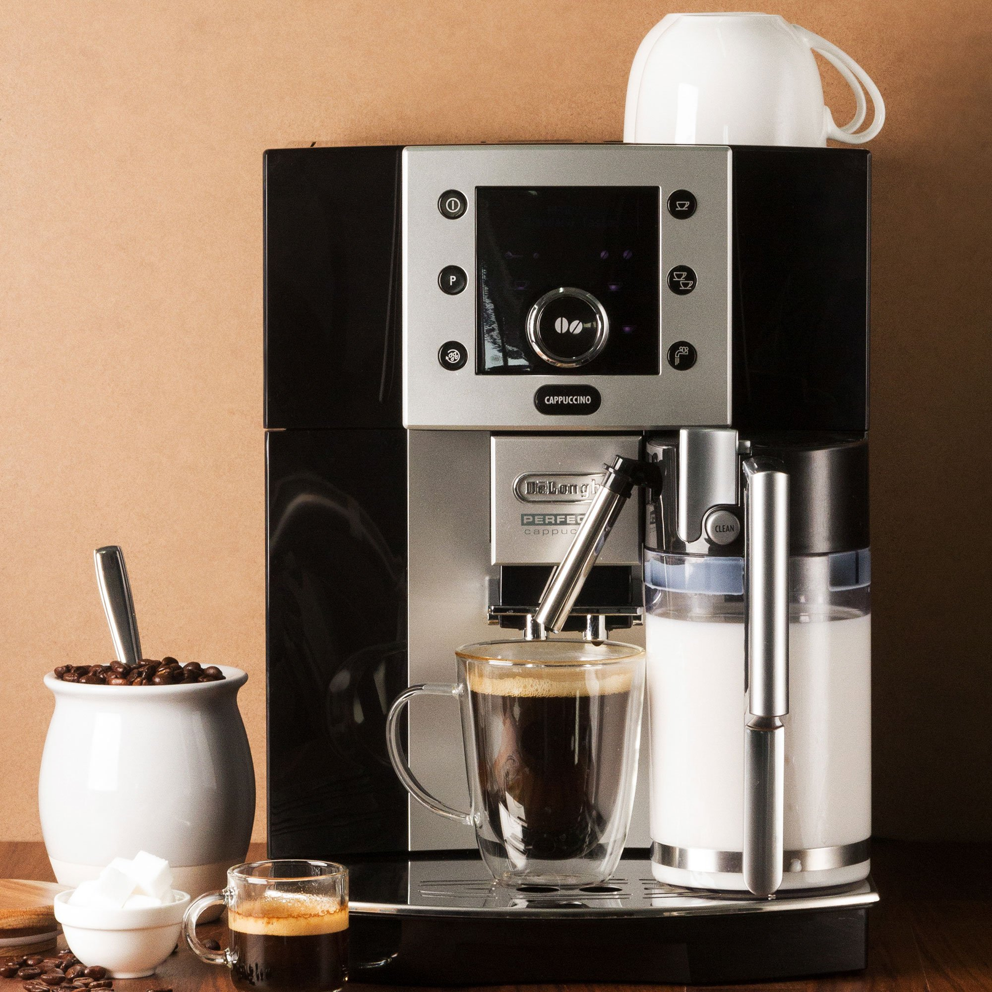 Delonghi Perfecta Espresso and Cappuccino Machine in Black